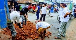 নাচোল পৌরসভা'র সংস্কার কাজের উদ্বোধন করলেন মেয়র ঝালু