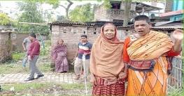 শিবগঞ্জে সেমি পাকা ঘর পাচ্ছে লুৎফন নেসা