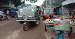 কঠোর লকডাউনের ৭ম দিনে গোমস্তাপুরে বেড়েছে মানুষের আনাগোনা
