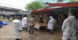চাঁপাইনবাবগঞ্জেনির্দেশনা অমান্য করায় তিনটি প্রতিষ্ঠানকে জরিমানা