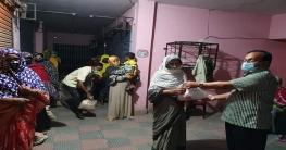 চাঁপাইনবাবগঞ্জ আ.লীগ সেক্রেটারি আব্দুল ওদুদের খাদ্য বিতরণ