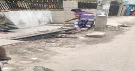 চাঁপাইনবাবগঞ্জেরআরামবাগ এলাকাই ড্রেনের বেহাল অবস্থা