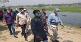 ভোলাহাটে মহানন্দায় গোসল না করতে বিজিবির নির্দেশনা