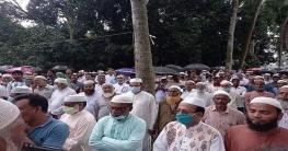 গোমস্তাপুরে বিশিষ্ট ব্যবসায়ী মনিরুল ইসলাম এর দাফন সম্পন্ন