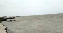 শিবগঞ্জের পদ্মা নদীতে ডুবে বাদশা আলী (৩০) নামে এক কৃষক নিখোঁজ