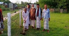 শিবগঞ্জে গোরস্থানে সোলার বাতি স্থাপন