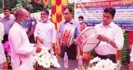 ভোলাহাটে সাইকেল বিতরণসহ জেলা প্রশাসকের বিভিন্ন কর্মসূচিতে যোগদান