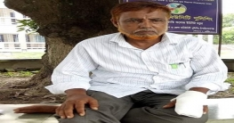 চাঁপাইনবাবগঞ্জে জনপ্রতিনিধির উপর সন্ত্রাসী হামলা